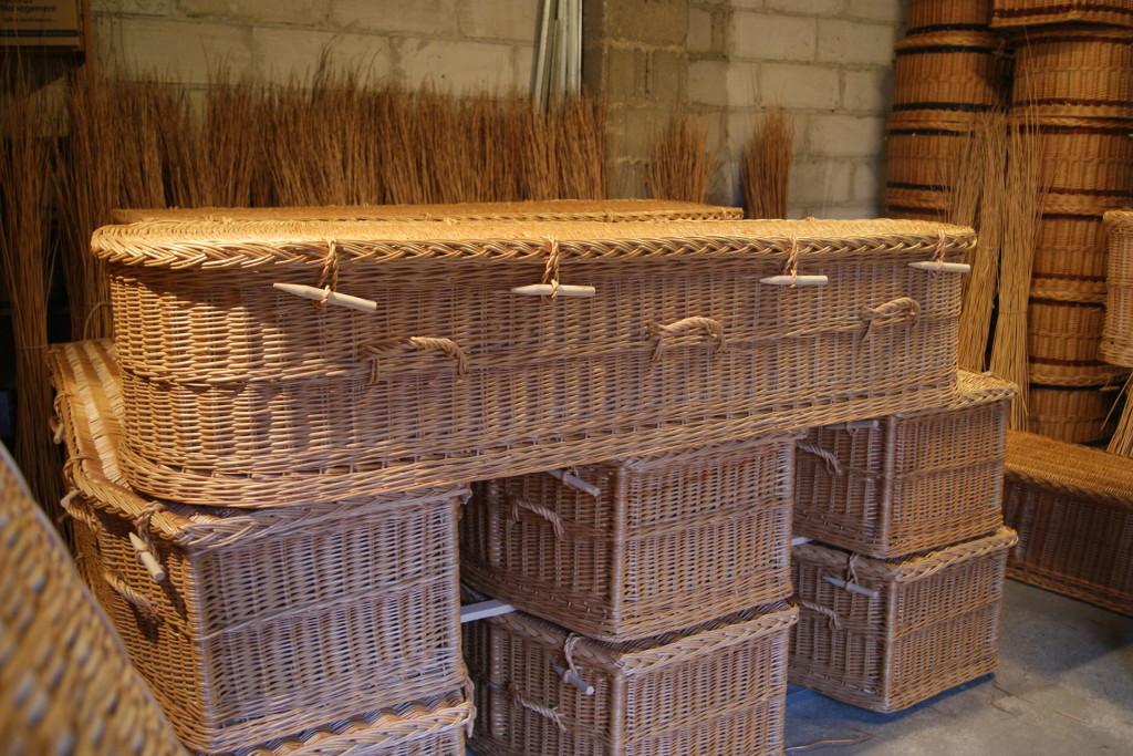 willow coffins5